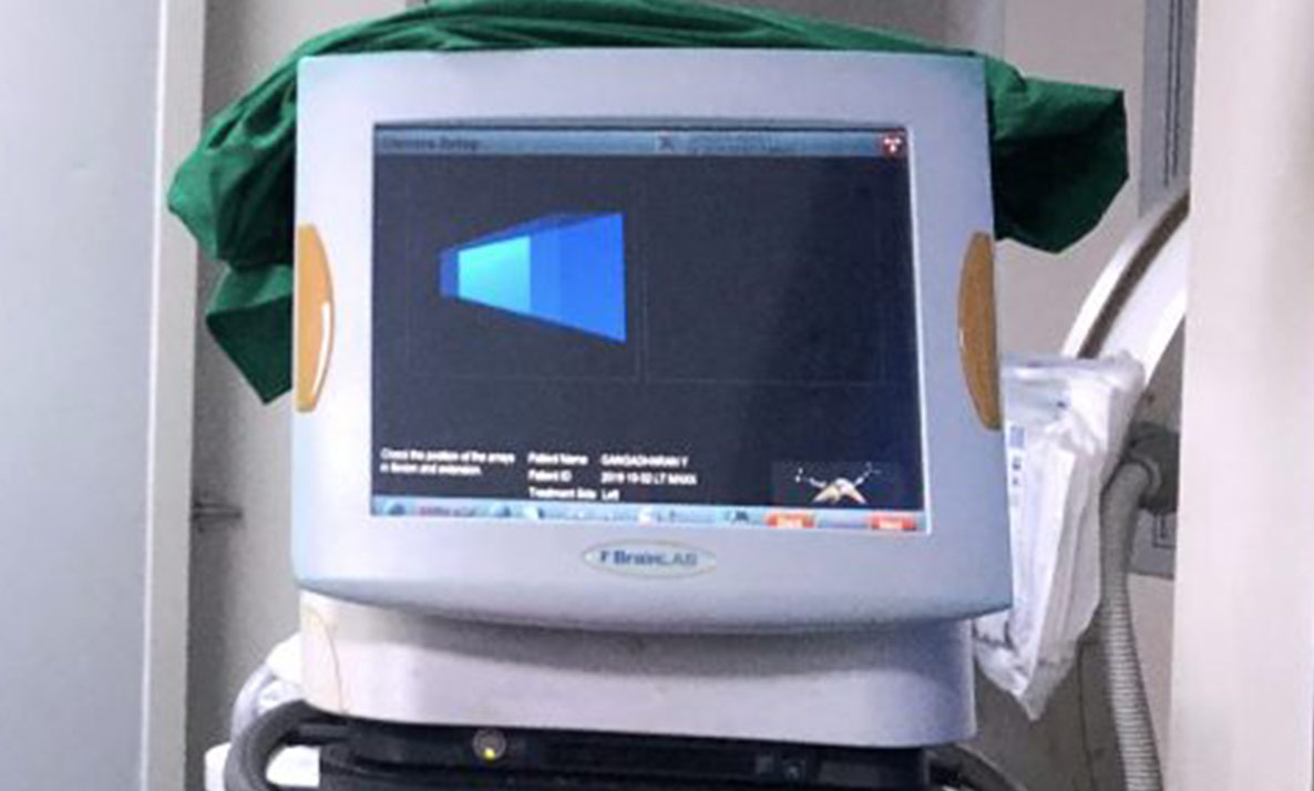 Computer Assisted Knee Replacement System